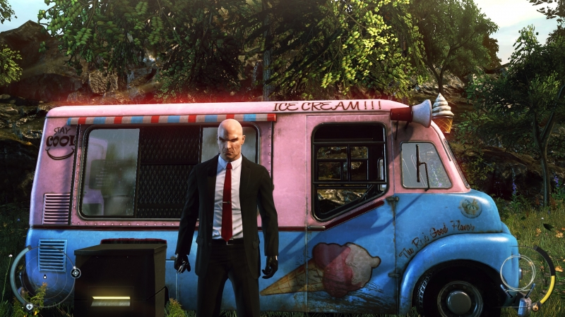 Hitman at night, ice cream vendor during day