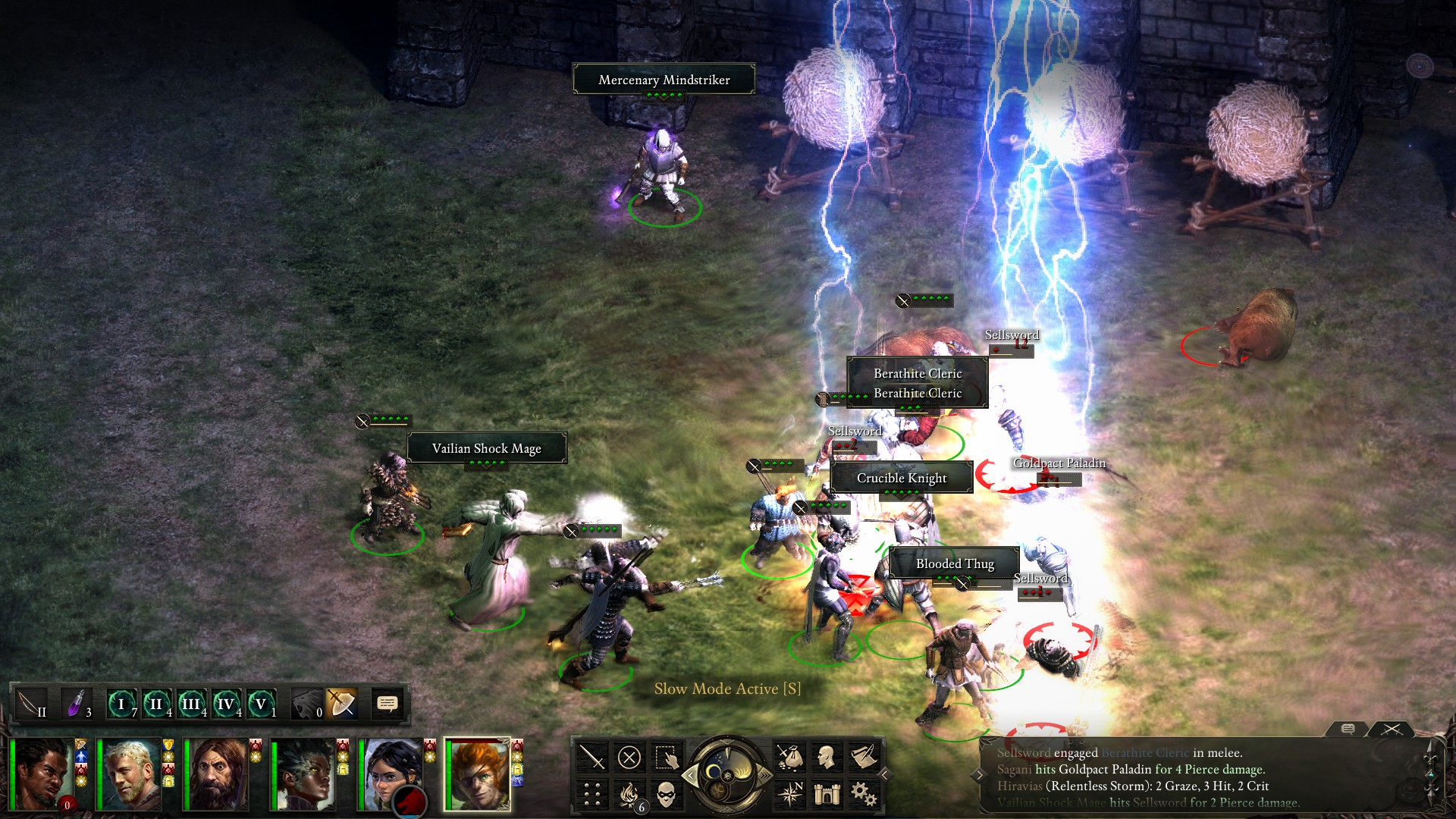 Defending your stronghold manually leads to some awesomely crowded fights.